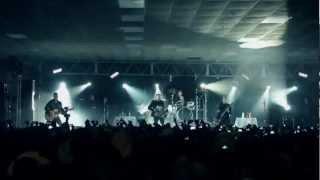 Los Inquietos Del Norte - Locos Desde Ayer (Live)