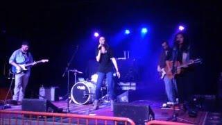 Sara Ross - Lovin this beat (Live)