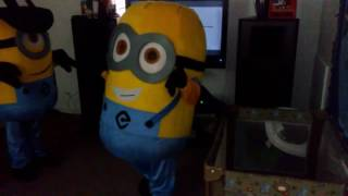 Minion dancing juju on that beat