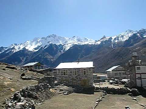 Trekking in Nepal   Langtang Naya Kang Treking .AVI  www.asiantreks.com