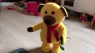 baby songs - funny dancing bear singing song
