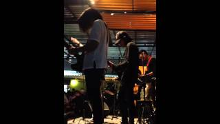 99 Problems - Hugo (MINIMAL cover) @School bar Rangsit