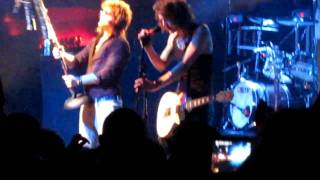Asking Alexandria Not the american average live part 2 Starland ballroom March 11 2011