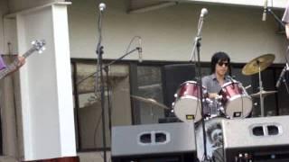 el derecho de vivir cover de Sansano Consciente band