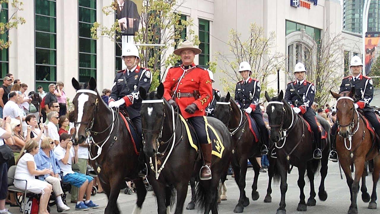 NewCa.com: 2010 CNE: The 2010 Warriors' Day Parade