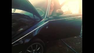 Mercedes E220 vs Rover 75