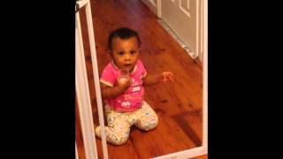 TWIN BABY MOCKS MOTHER