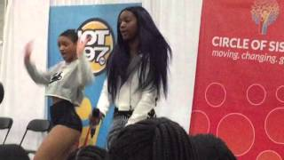 Justine Skye perforrms ' Im Yours ' live at  Circle Of Sisters 2015