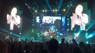 5 Seconds of Summer - Jet Black Heart (LIVE 9/18/16)