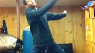 Xxxanx Rogo dancing over the rapper XXXtentacion
