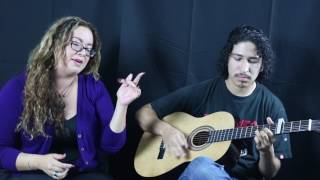"Gloria Estefan ""Hoy"" (Acoustic Cover) - Roxana Damas"
