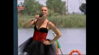 """Tucha no """"Portugal em Festa"""" em Vila Franca de Xira. Musica """"Dança P`ra Mim"""""""