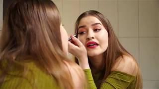 Cum se uită iubita la seriale - MIRCEA BRAVO