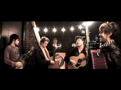 mumford-sons-winter-winds-ray-ban-balcony-sessions-penceyprepsdropout