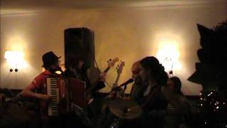 Balkan zoo feat. Витя - Южно-американская полька @ Fiesta