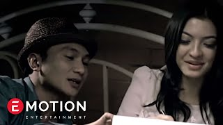 Anji - Berhenti Di Kamu (Official Music Video) width=