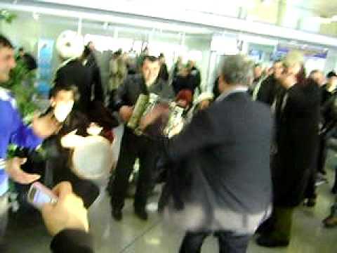 Dancing in Kiev Airport