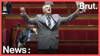 La grosse colère de Jean Lassalle en pleine Assemblée