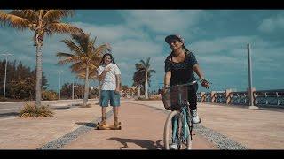"Me Siento Dichoso - Jah Love (Official Video)   Disco ""Momentos""   Reggae Cristiano 2017"