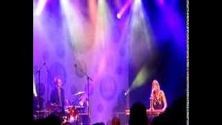 """Cats on Trees """"Sirens Call"""", Backstage Live Hit West, à la Citrouille, à Saint-Brieuc."""
