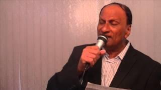 Ashfaque Wazir sings Live Moh.Rafi Dil bekaraar sa hai