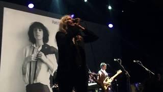 Patti Smith - Gloria   Live in Istanbul