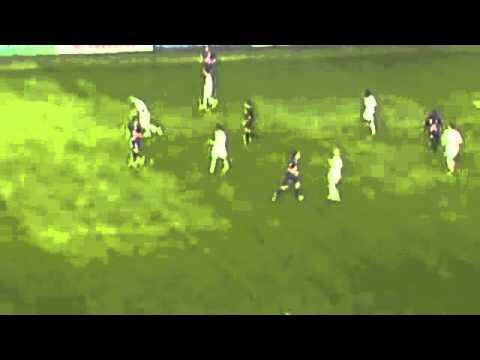 Roberto Carlos push Mamaev (CSKA vs Anji).flv