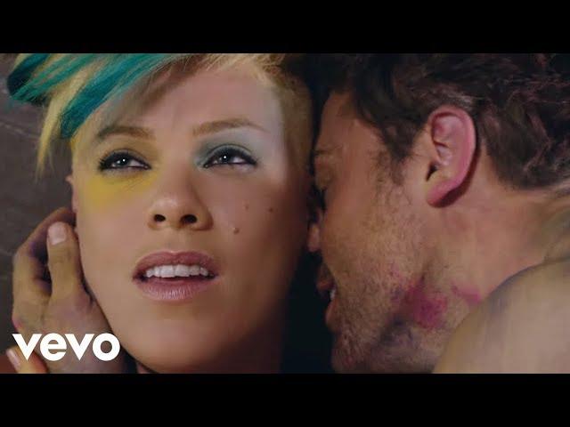 "Videoclip oficial de ""Try"" de Pink"