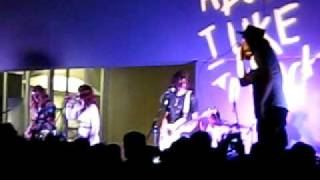 "Grouplove ""Chloe"" live at The Hammer"