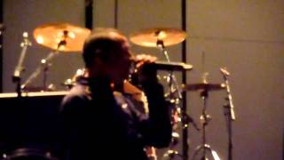 Linkin Park - From the Inside (soundcheck  at O2 arena 11.11.10)