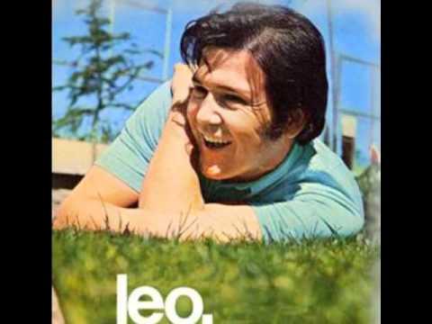 Esa Pared de Leo Dan Letra y Video