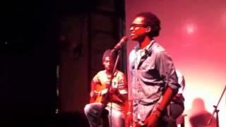 Gari Sinedima e DjLatiffa - Tchiwa ( live )