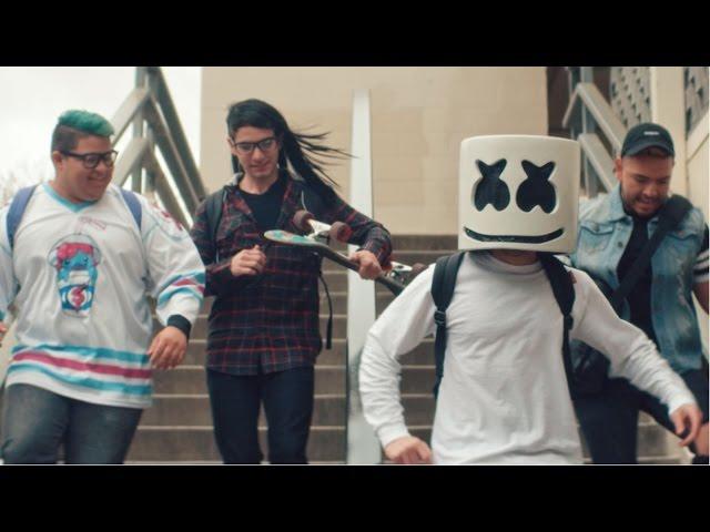 Videoclip oficial de 'Moving On', de Marshmello.
