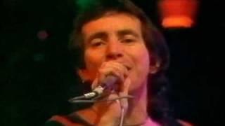 AC/DC - TNT (Live with Bon Scott)