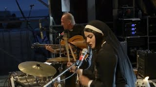 Reverend Beat-Man & Sister Nicole Izobel Garcia - Tonite live 2014