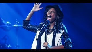"Diamond White ""It's A Man's Man's Man's World"" - Live Week 6 - The X Factor USA 2012"