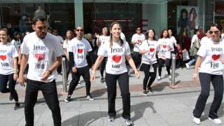 Flash mob in Dublin 2017   - I know who I am (SINACH)
