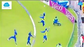 Best Fielding in the Cricket History - Acrobatic Fielding !!  (Please Comment ur favorite) width=