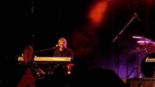 Paul Weller you do something to me live in athens 14 7 2009