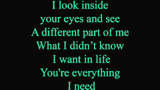 Feels just like home - lyrics