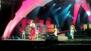 DEWI SANDRA - I LOVE YOU (Live @ 16th UlangTahun Telkomsel 28 May 2011).mp4