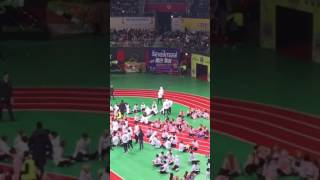 ISAC 2017 ARMYS SINGING BTS SAVE ME WHILE JIN AND JIMIN DANCES