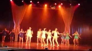 Latin Girls bailando merengue
