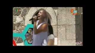 """Cantora JOANA """"Senhor bombeiro"""" em Beja no Verão Total da rtp - Informações"""