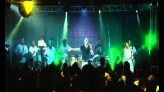 DAN BAHIA... Axé Music (31) 98421-3516