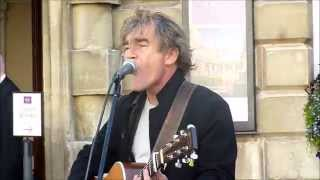 Steve Robinson,A Busker In Bath covers Solsbury Hill .3 10 2014