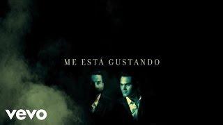 Banda Los Recoditos - Me Está Gustando (Lyric Video)