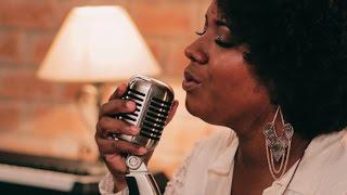 I Look To You - Whitney Houston (Thalita Pertuzatti cover)