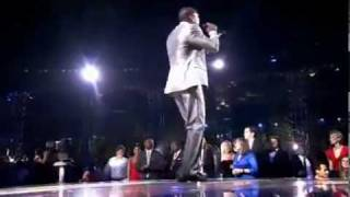 AKON_S HITLAB NEWS- Watch Akon And David Guetta - Sexy Chick Live At The World Music Awards 2010.flv