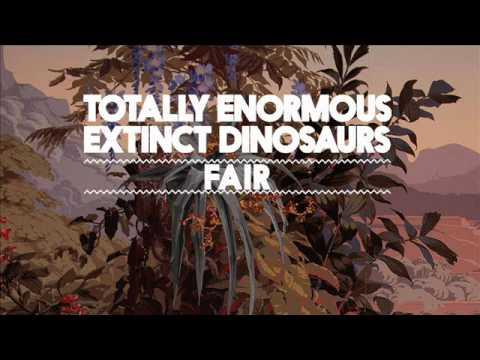 totally-enormous-extinct-dinosaurs-fair-teedinosaurs